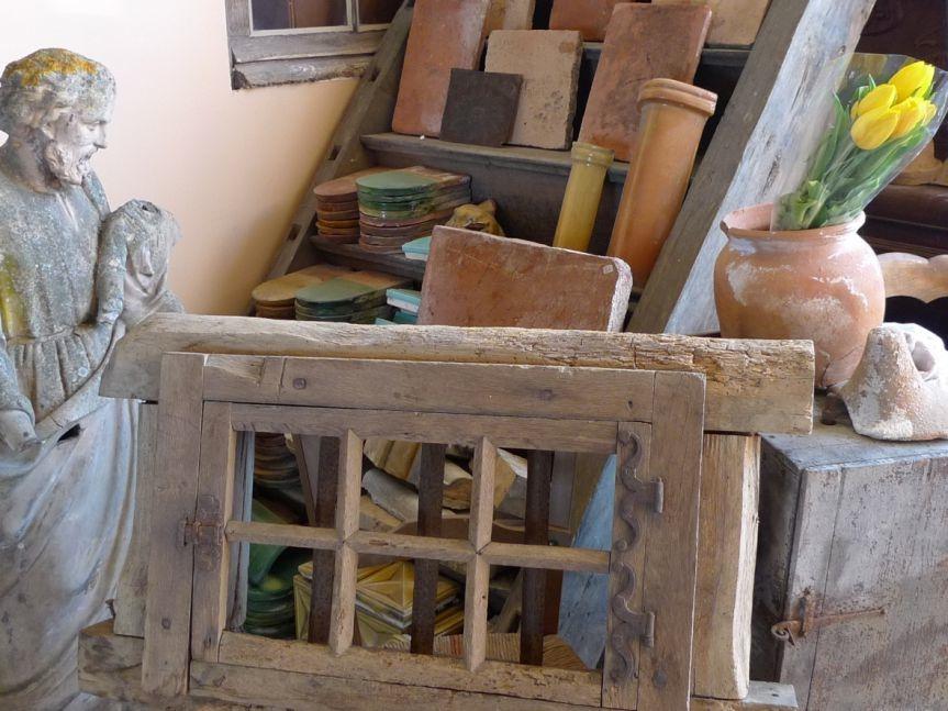 brocante d 39 antan achat et vente de materiaux anciens et de recuperation. Black Bedroom Furniture Sets. Home Design Ideas